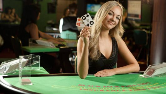 Fler gillar att spela live casinospelen Live Black Jack och Live Roulette!